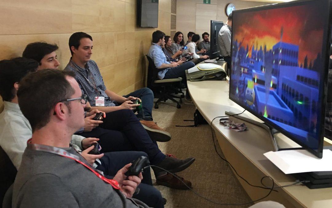 """Exitazo en IESE del Workshop """"Skill you up"""", de identificación de talento y competencias usando un videojuego de la PS4"""